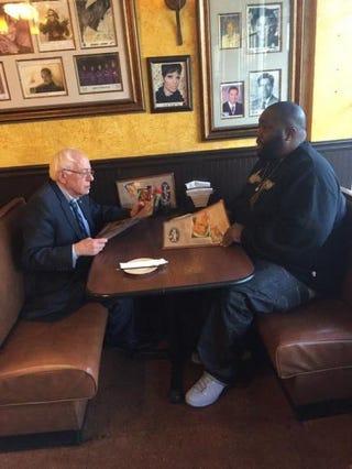 Democratic presidential candidate Bernie Sanders and rapper Killer Mike dine before Sanders' Atlanta rally Nov. 23, 2015.Twitter