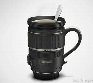 Illustration for article titled Zoom Lens Coffee Mug Helps Keep Photographers Caffeinated