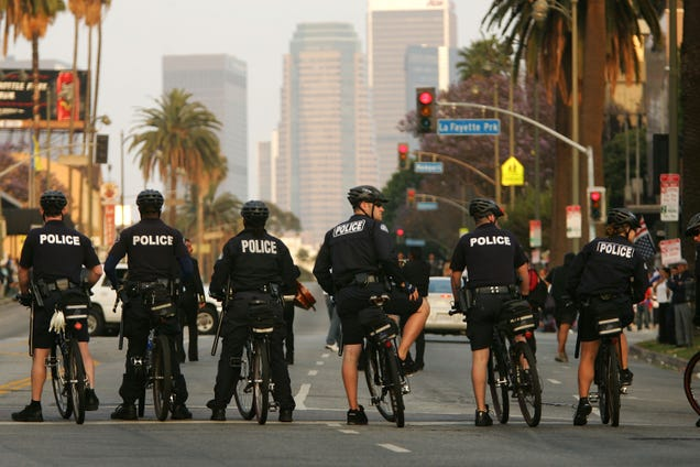 The LAPD Just Banned Its Officers From Using Third-Party Facial Recognition Software