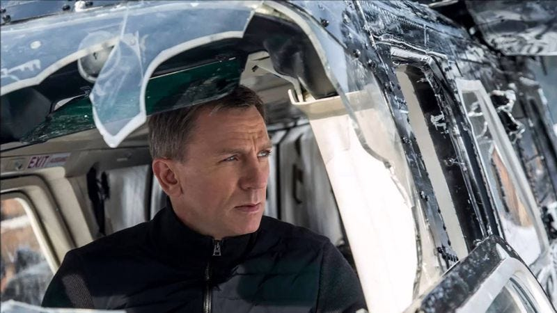 Illustration for article titled Weekend Box Office: Spectre continues to loom over theaters