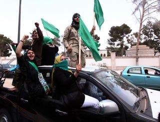 Libyan women answer Qaddafi's call for new volunteers. (Getty)