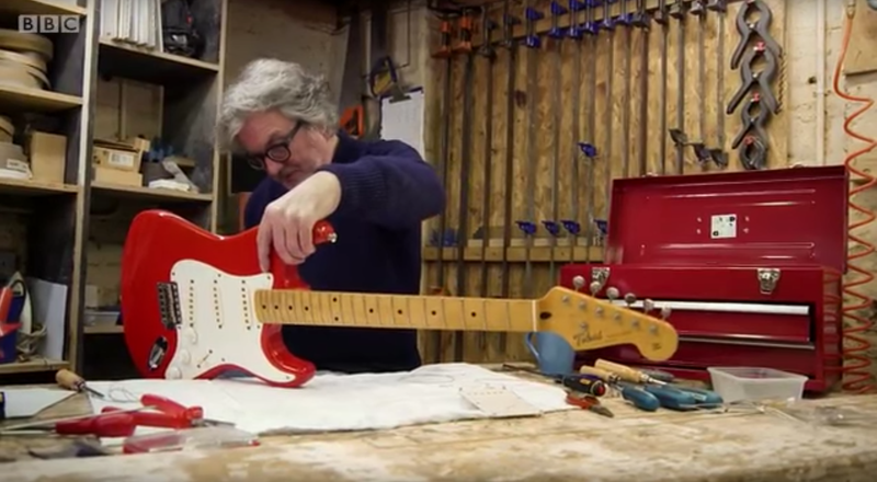 Illustration for article titled James May Reassembles An Electric Guitar, Once Again Proves He's Just The Best