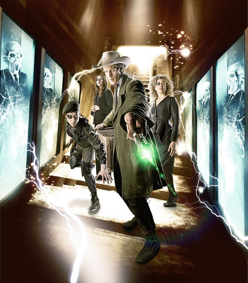 Illustration for article titled Doctor Who Season Finale Pictures