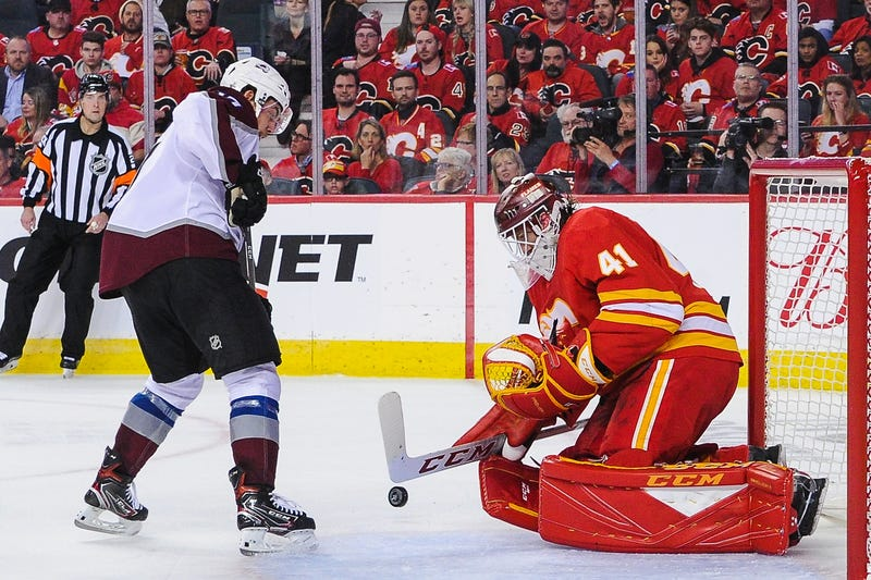 Illustration for article titled The Flames Are A Different Team If Mike Smith Gets Hot