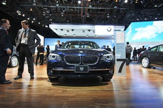 Illustration for article titled BMW 740i And 740Li Want To Six Up Your Life