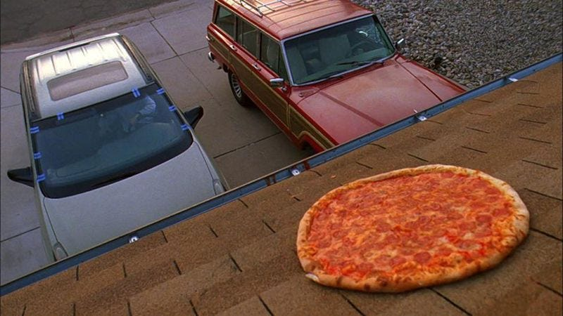 Illustration for article titled Vince Gilligan says to quit throwing pizzas on the roof of the Breaking Bad house