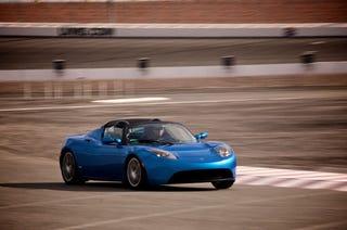 Illustration for article titled Tesla Roadster Sport: Drive Photos