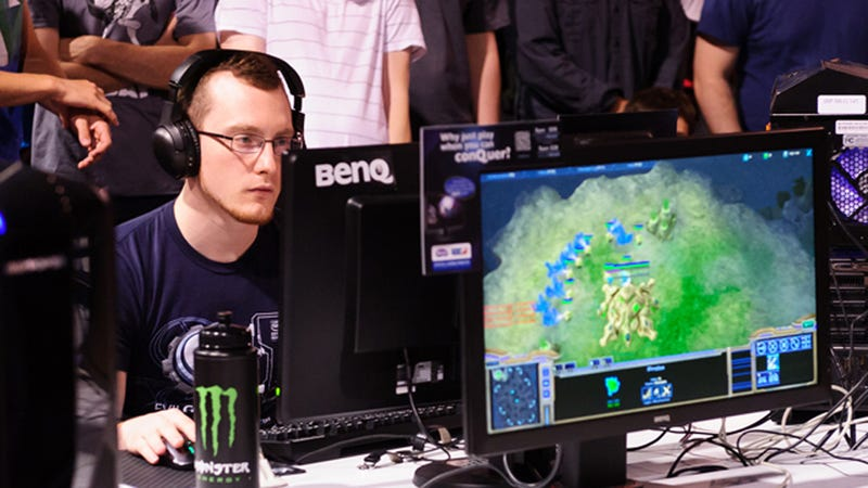 Illustration for article titled StarCraft's Most Controversial Player Got Kicked Off His Team