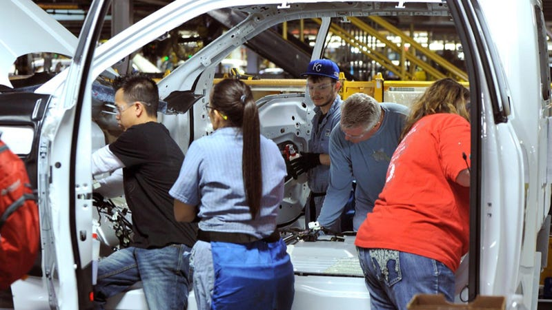 Illustration for article titled Retooled Kansas City Plant Will Start Building Way More 2015 Ford F-150s