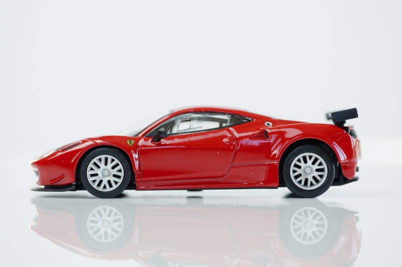 Illustration for article titled Kyosho Ferrari 9 1/64 #70 - Project Prancing Horse #70 - 2011 Ferrari Italia GT2