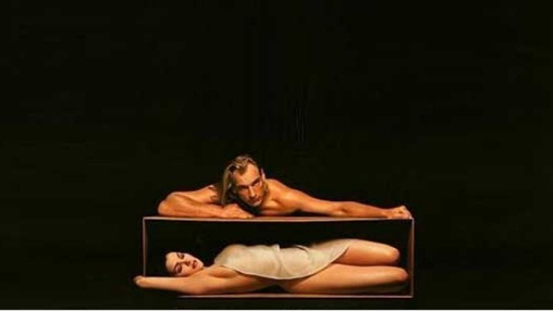 Illustration for article titled Chick In A Box Case File #144:Boxing Helena