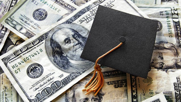Should You Pay Student Loans or Save for Retirement While Interest Is Frozen?