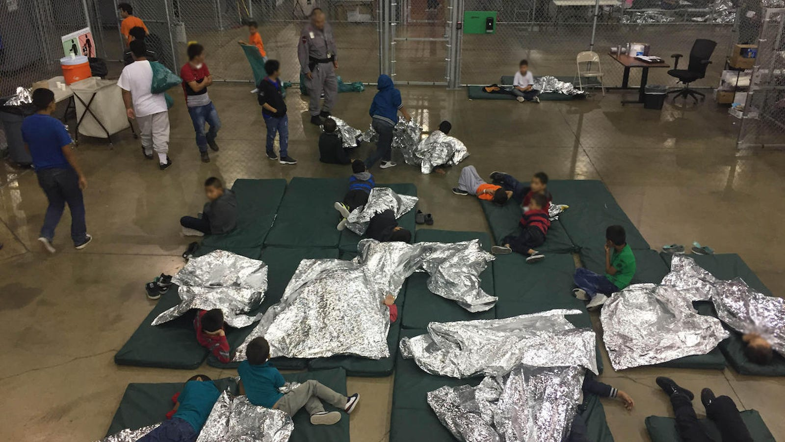 U.S. Government Says It's Not Required to Provide Migrant Kids in Custody With Toothpaste and Soap