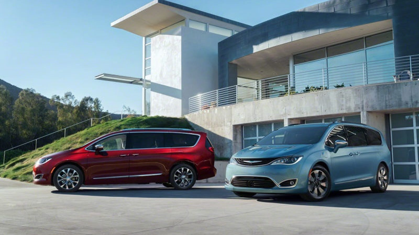 2017 chrysler pacifica and pacifica hybrid this is it. Black Bedroom Furniture Sets. Home Design Ideas