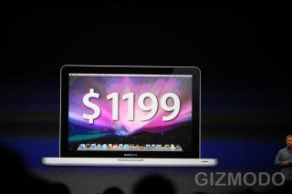 Illustration for article titled 13-Inch MacBook Pro Arrives and MacBook Air Gets a Price Cut