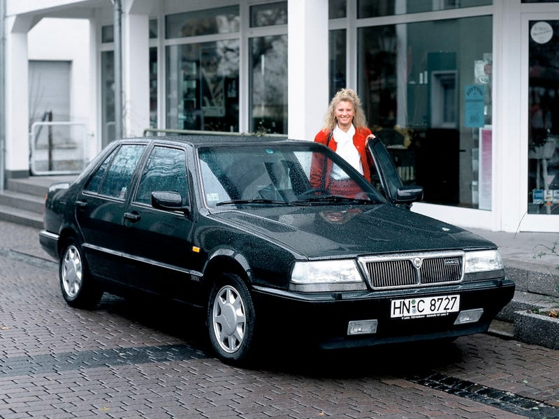 Illustration for article titled Quick Oppo Review: Drove a 1991 Lancia Thema today...