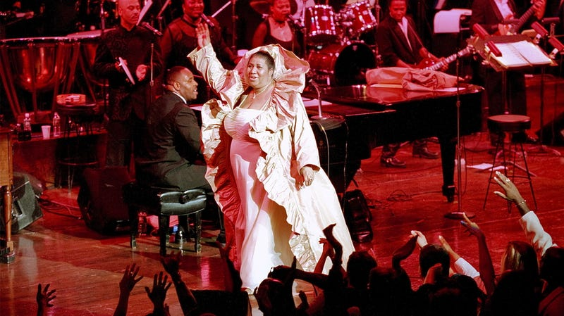 Aretha Franklin performs at a JVC Jazz Festival concert at Avery Fisher Hall, Lincoln Center, New York, New York, June 24, 2000.