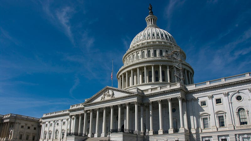 The Best Ways to Contact Your Congresspeople, From a Former Staffer