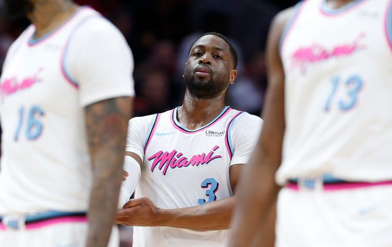 Illustration for article titled Dwyane Wade Comforts Marjory Stoneman Douglas Students After Harrowing Visit By Betsy DeVos