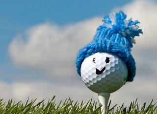 Illustration for article titled Golf Tips for Winter Practice:
