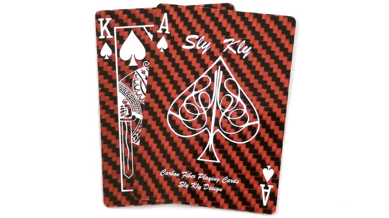 Illustration for article titled It's Safer To Cheat At Poker When You're Playing With Bullet-Proof Cards