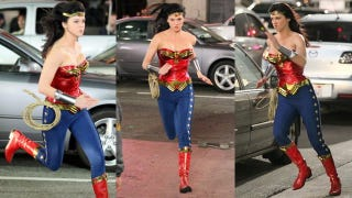 Illustration for article titled See the new and improved Wonder Woman costume in action
