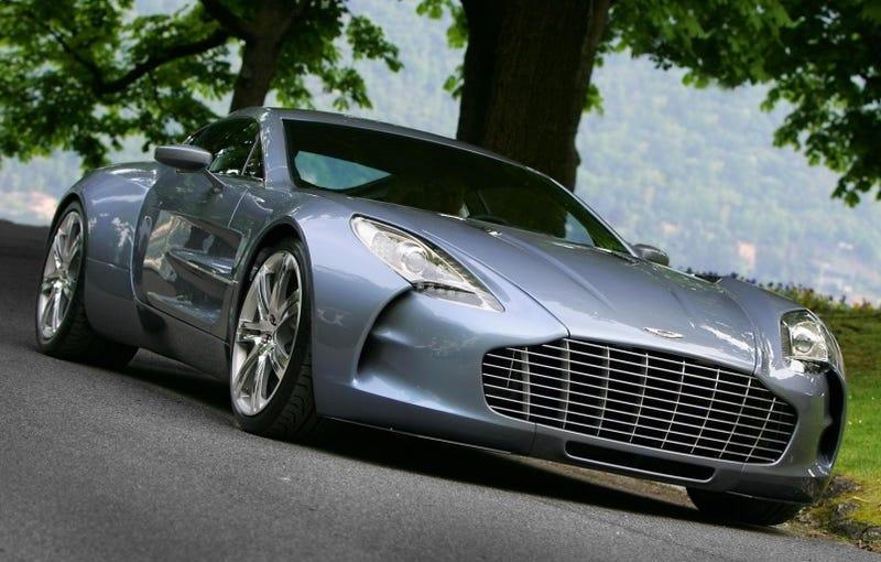 Illustration for article titled $1.75 Million Aston Martin One-77 Wins Fancy Award At Villa d'Este