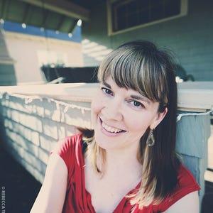 Kirsten Akens