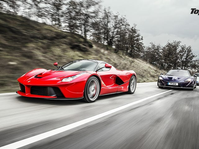 Top Gear señala la mierda de Ferrari