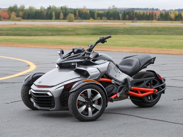 Ask RideApart: Why Isn't The Can-Am Spyder More Popular?