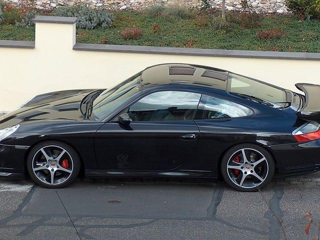 Parlez-moi de la 996 Porsche 911.