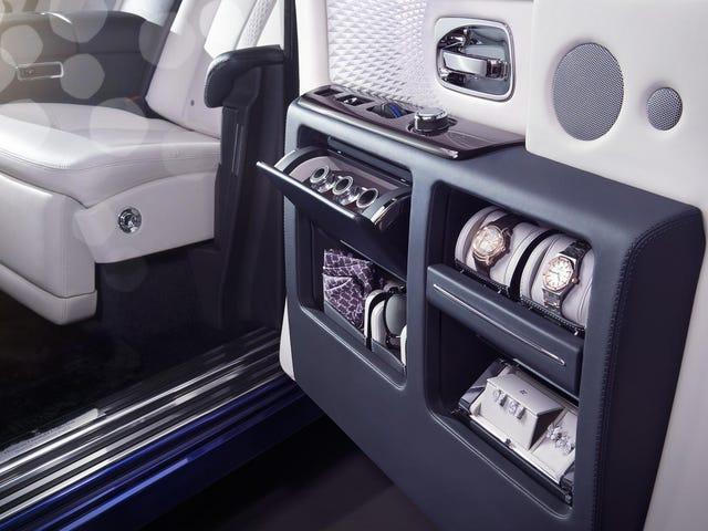Rolls-Royce Bets Your Mercedes-Maybach Tidak Mempunyai Almari Pakaian