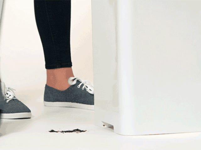 En garbage kan med en Vacuum Just Made Dustpans Forældet