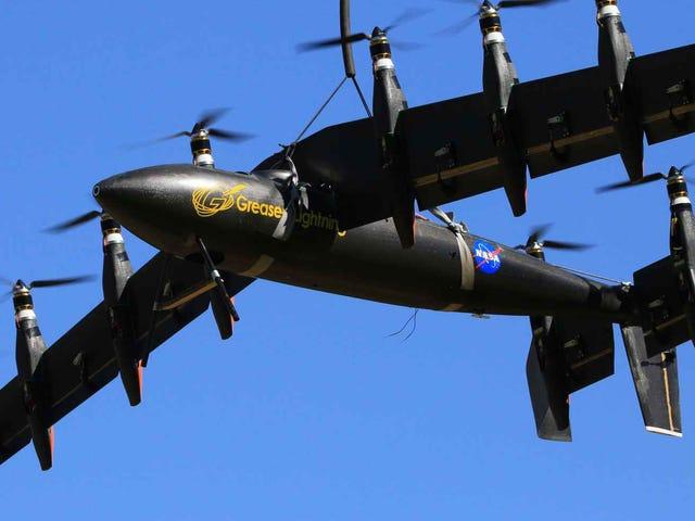 Ο δέκα ηλεκτρικός drone της NASA πηγαίνει από τον ελικόπτερο στο αεροπλάνο και πίσω