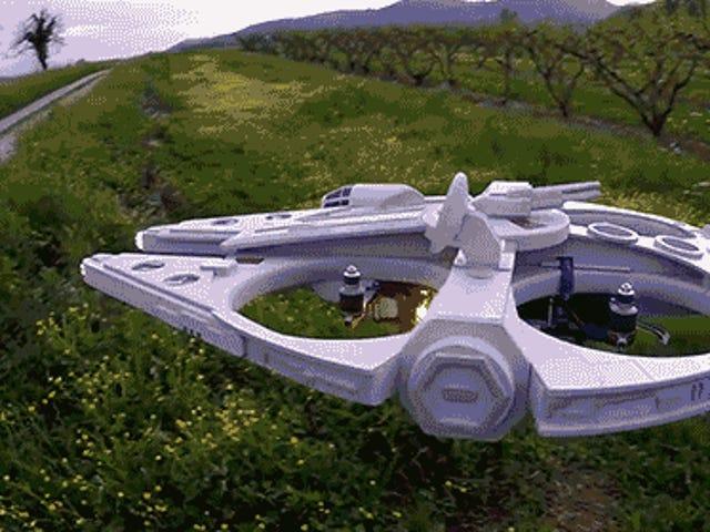 Ces constructeurs de drones <i>Star Wars</i> doivent commencer à vendre leurs créations