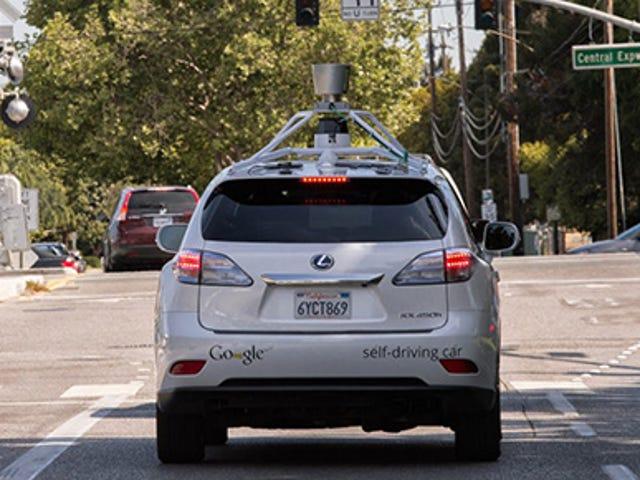 Google potrzebuje oczyścić się z awarii samochodu
