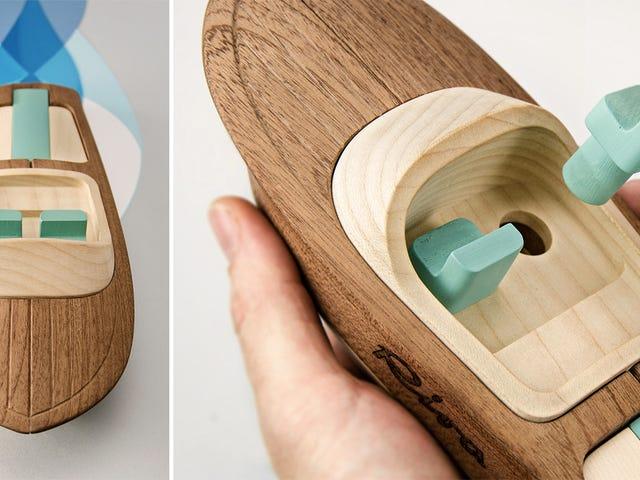 Thuyền đồ chơi bằng gỗ hoàn thiện quá đẹp