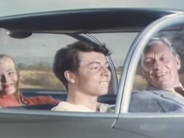 Tutustu GM: n hulluun visioon autonomisesta ajamisesta 1950-luvulta