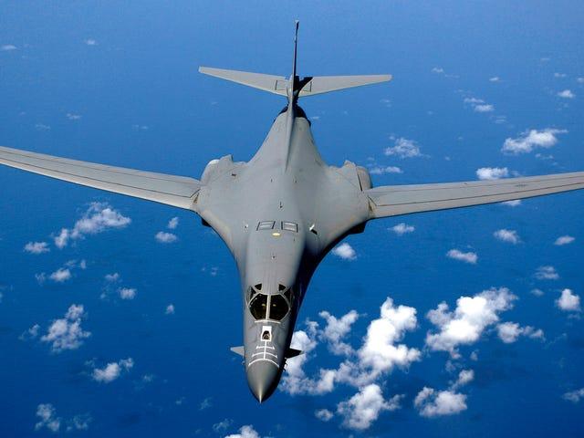 VS confronteert China over S. China-zee, maar geen bommenwerpers in Australië