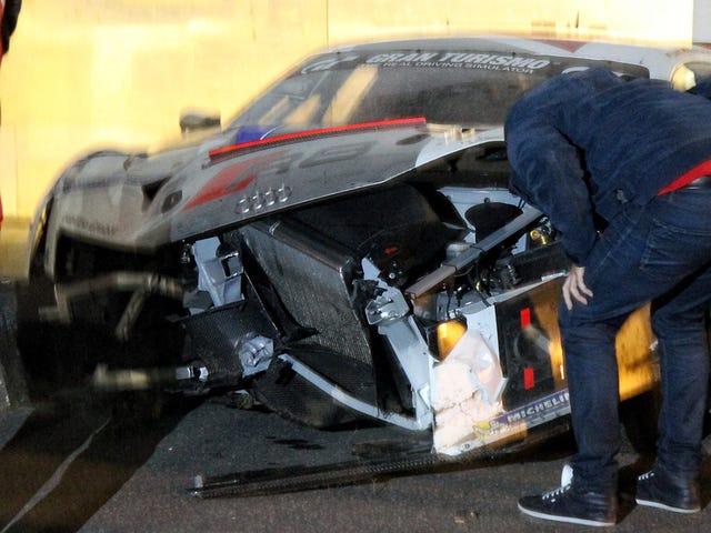 C'était une Audi R8 LMS au Nurburgring