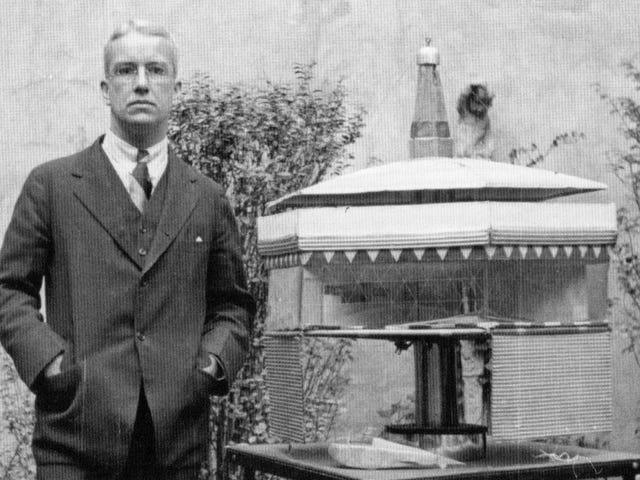 We Got Buckminster Fuller's FBI File
