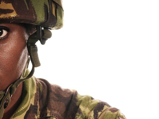 El ejército finalmente mejorará el acceso al control de la natalidad para las mujeres soldado