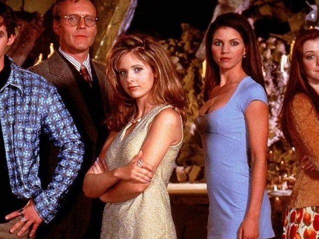 रिविज़िटिंग <i>Buffy</i> : &quot;वेलकम टू द हेलमाउथ&quot; और &quot;द हार्वेस्ट&quot;