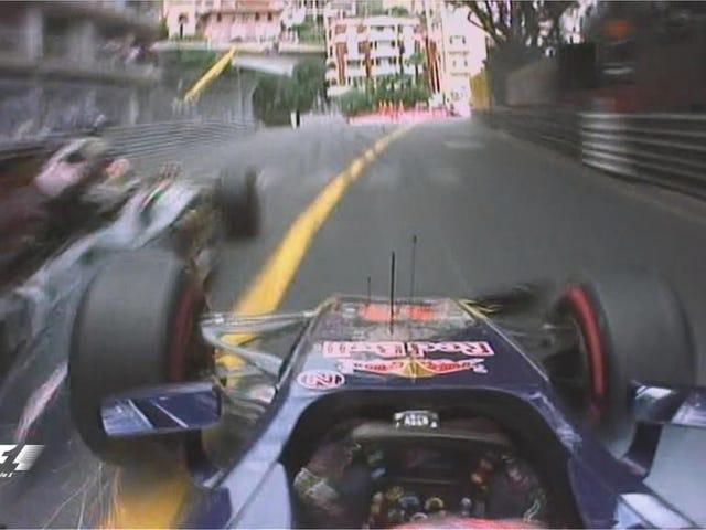 Se denne F1-bilstasjonen rett inn i en vegg og prøv å ikke tåle deg selv