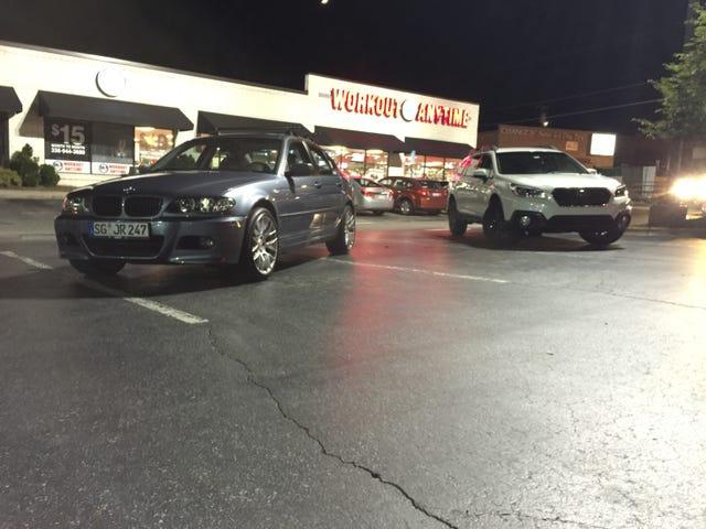 昨夜、車に出かけて友達を作りました。