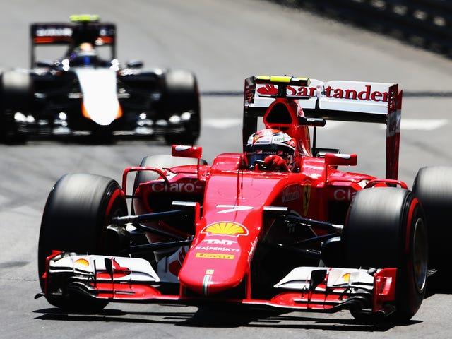 Kimi Räikkönen frågar politiskt för en blå flagga i Monaco Grand Prix