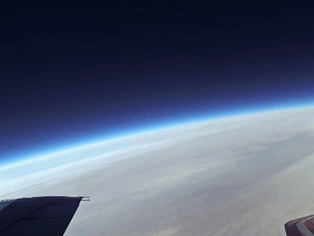 Así es volar en un Mig-29 supersónico ruso hasta el borde del espacio