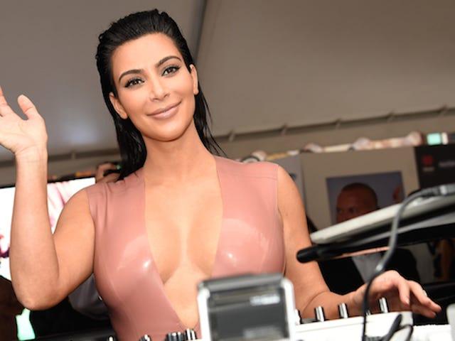 Kim Kardashianin raskaushormonit tulevat sisään