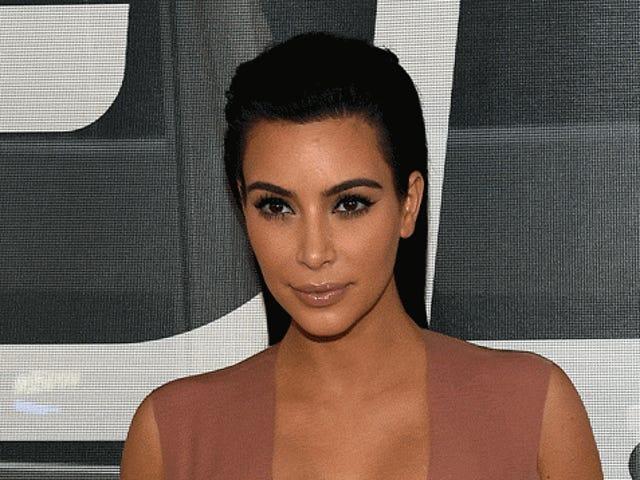 Sondaggio: quante uova fecondate sono all'interno di Kim Kardashian adesso?
