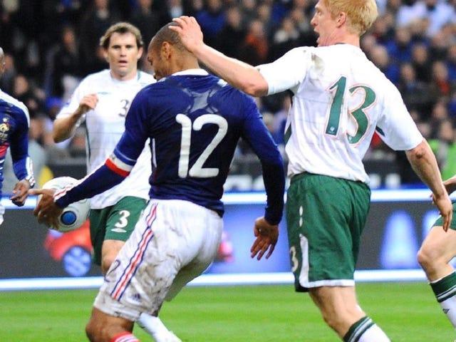 La FIFA ha pagato l'Irlanda non per sbandare la mano di Thierry Henry